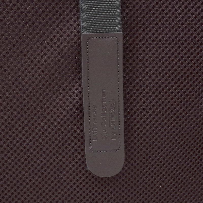 ルフトハンザ リモワ アルミニウム 1738408 32リットル 4輪