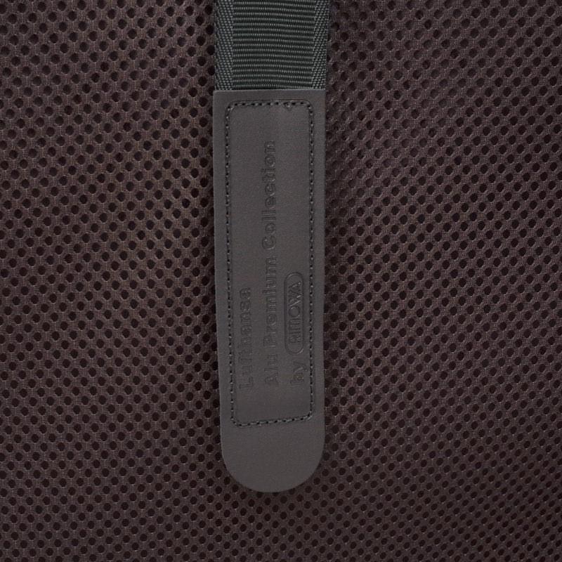 ルフトハンザ リモワ アルミニウム ステルス 1740881 85リットル 4輪