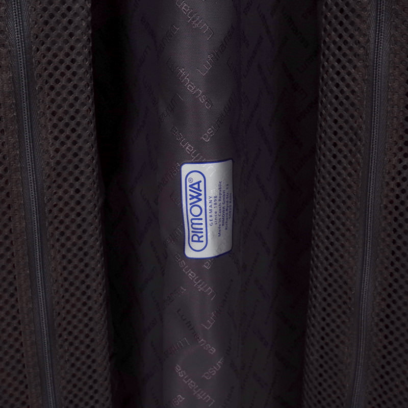ルフトハンザ リモワ エアーライト プレミアム コレクション 電子タグ 1749477 62.5リットル 4輪