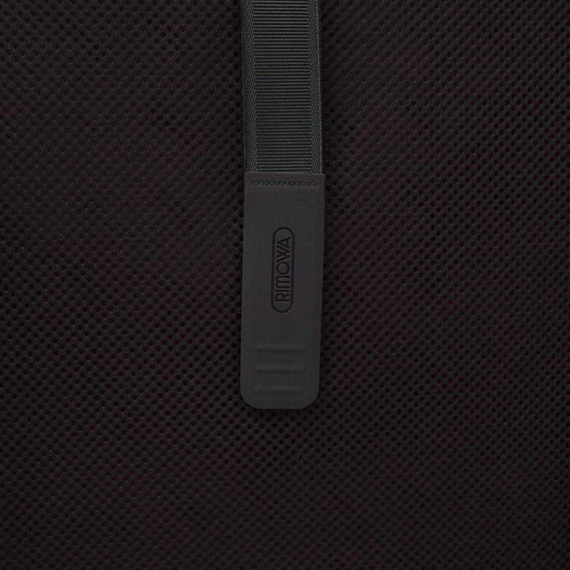 リモワ サルサ デラックス 電子タグ 831.70.50.5 78リットル 4輪