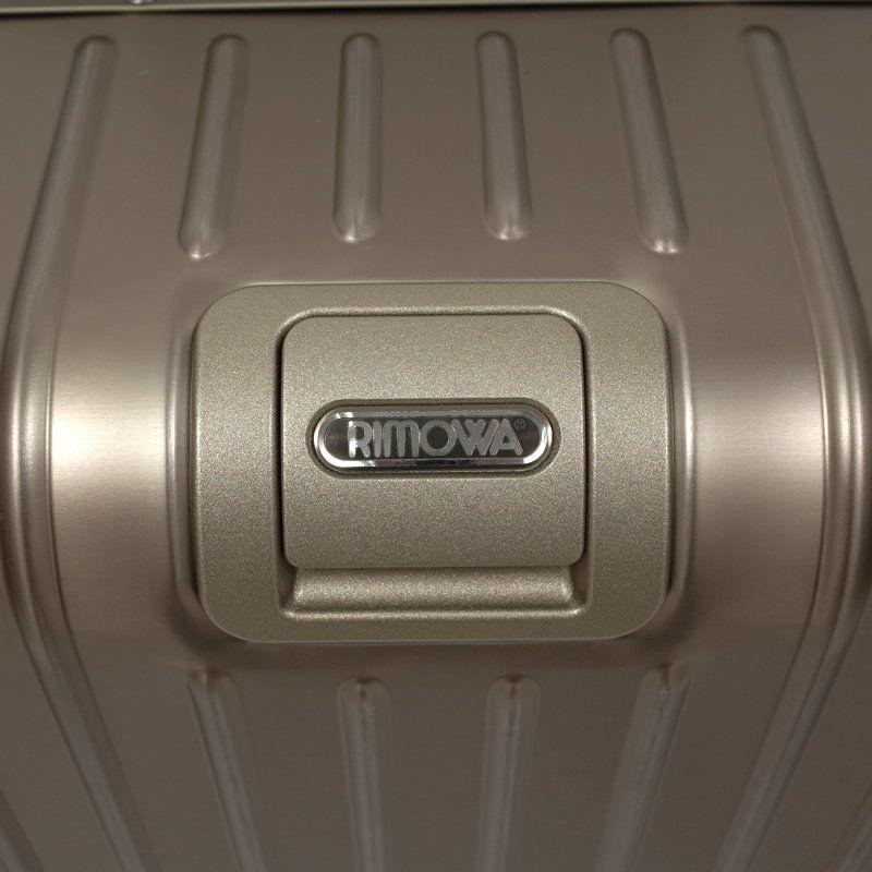 リモワ トパーズ チタニウム 924.63.03.4 64リットル 4輪