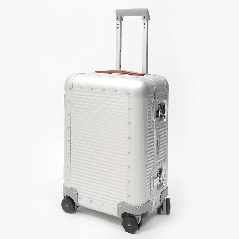 リモワスーツケース FPM BANK Spinner 36.6L シルバー 在庫商品画像