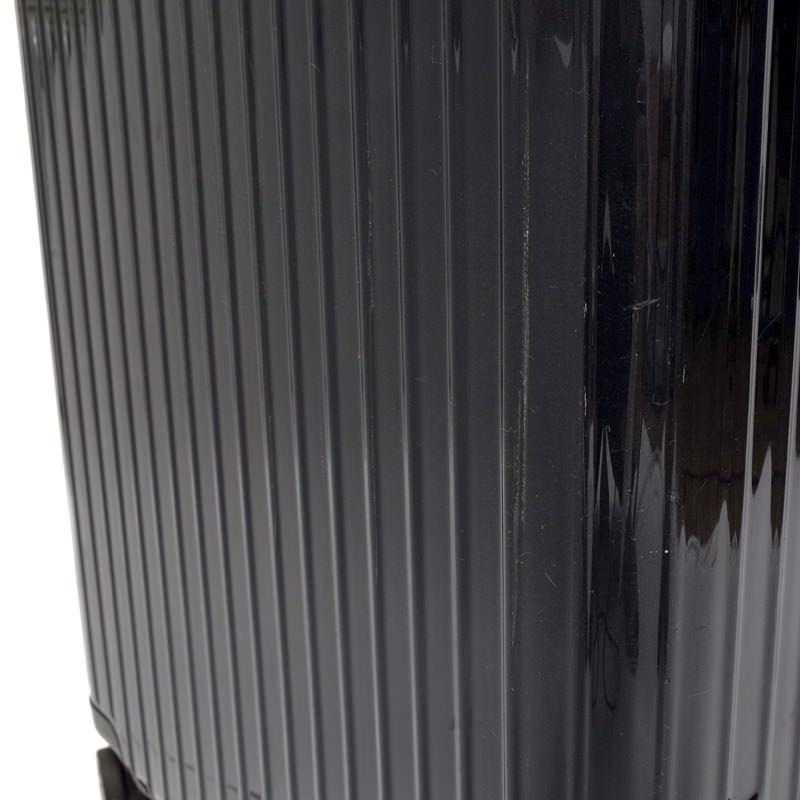 リモワ サルサエアー 825.70 レンタル 80リットル 4輪