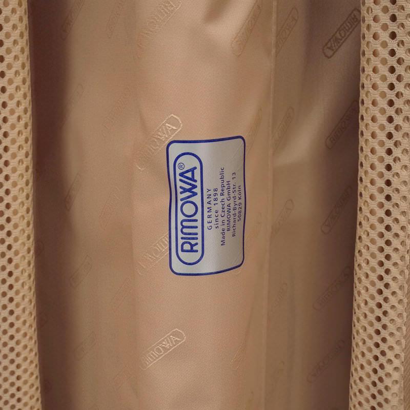 リモワ サルサ デラックス 電子タグ 831.63.53.5 在庫商品 63リットル 4輪