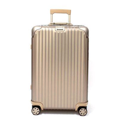 リモワ トパーズ チタニウム 在庫商品 924.63.03.4 64リットル 4輪