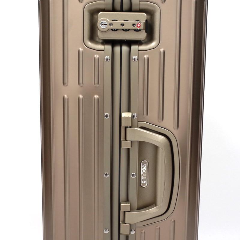 リモワ トパーズ チタニウム 在庫商品 924.70.03.4 82リットル 4輪