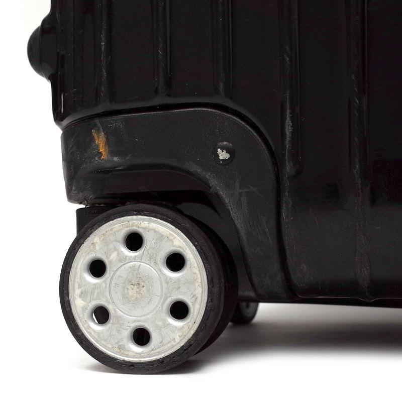リモワ サルサデラックス 860.77  中古商品 107リットル 4輪